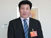 王景海出席全国人大会议