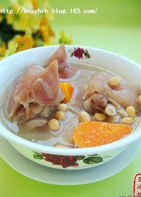 冬季滋补海带结萝卜排骨汤