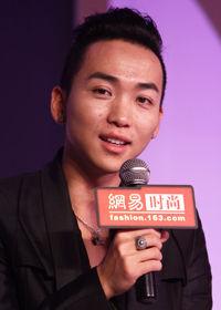 张弛获中国创造年度影响力设计师奖