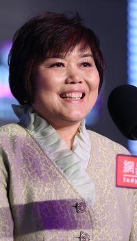 2012女性传媒大奖年度女性榜样阎锡蕴
