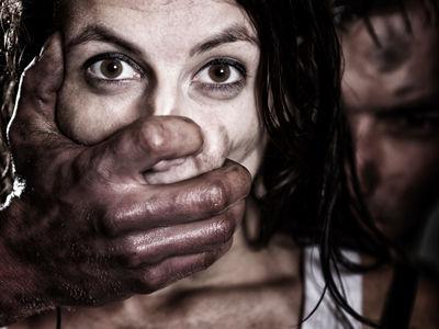 当女性遭遇强奸时