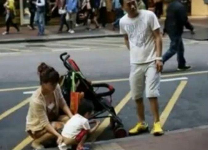 孩子在香港街头小便大陆夫妻与港人发生激烈冲突