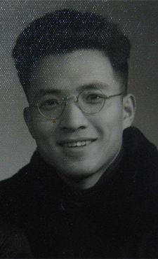 太帅了!你见过爸爸年轻时的样子吗?