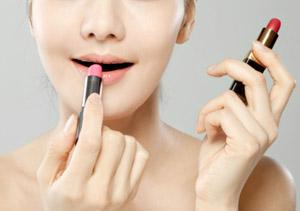 Q:你对女人化妆有什么看法?