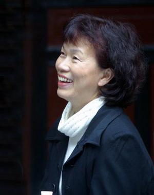 华人彩票官网平台登录,龙应台:正义与慈悲