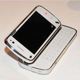 诺基亚N97 参考价格:2790元