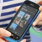 诺基亚Lumia 600细节