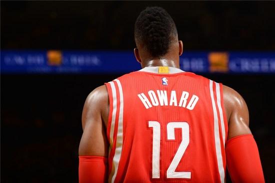 霍华德背景。