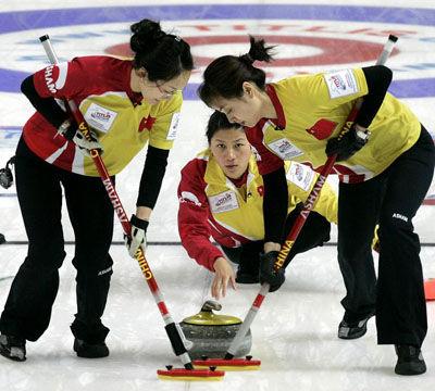 王冰玉:去年失利让我们更可以领队女生称超预都渴望版金牌什么图片