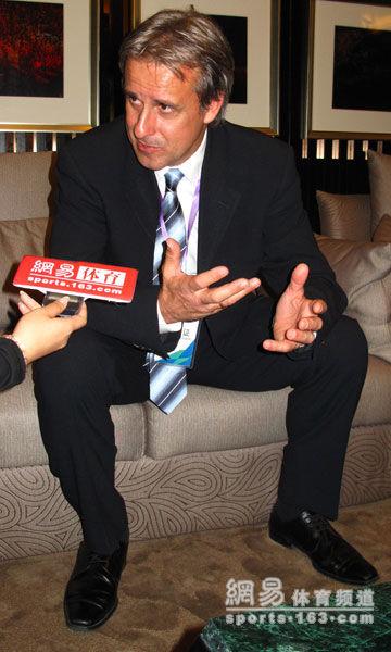 利特巴尔斯基表示中国足球不应该也无法模仿他国风格