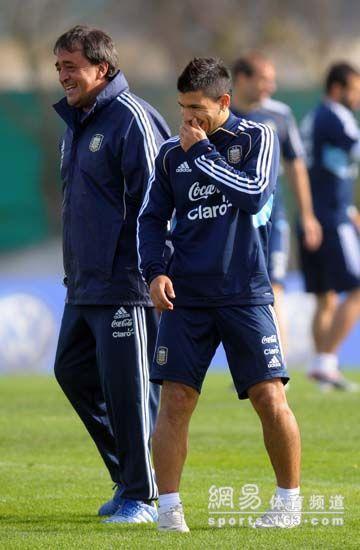 阿奎罗是阿根廷的锋线王牌