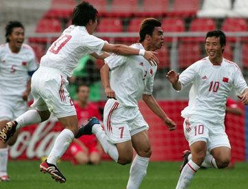 2005年,克劳琛率领中青队打入世青赛八强。