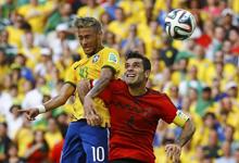 内马尔两失良机奥乔亚6神扑 巴西0-0墨西哥