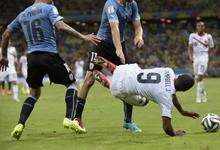 10人乌拉圭爆冷1-3输球