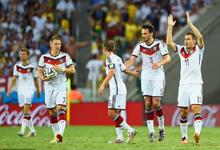 克洛泽破门 德国2-2险平加纳