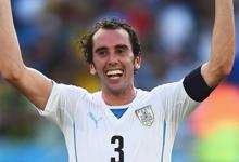 意大利 0-1 乌拉圭