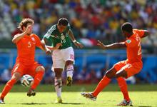 斯内德救主罗本造点 荷兰2-1绝杀墨西哥