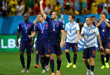 罗本造点范队命中 荷兰3-0巴西
