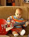 超萌小宝贝弹吉他指法很销魂