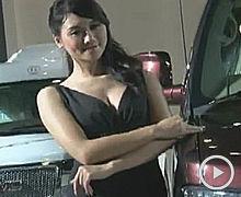 2012广州车展GMC车模齐P短裙双峰呼之欲出