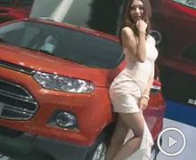 2012广州车展福特车模舞弄身姿