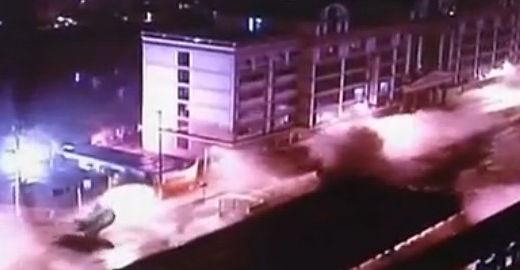 原视频:实拍:南京一大桥仅使用16年4.8秒被炸平
