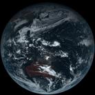 日本卫星拍地球素颜照