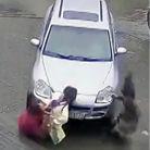 女司机开车失误碾死女子