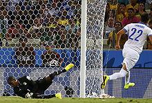 第111球:萨马里斯进球希腊领先